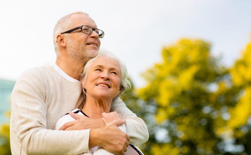 Pour quelles raisons s'inscrire sur un site de rencontre seniors?